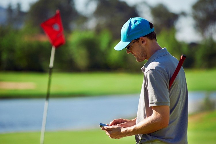 A Guide to Finding the Best Golf GPS